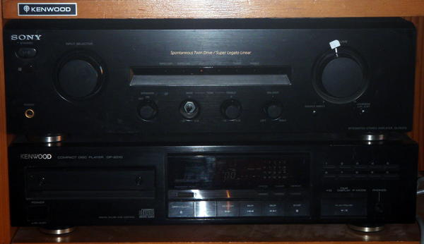 Kenwood DE-2010 cd player & Sony TA FE-370 amplifier