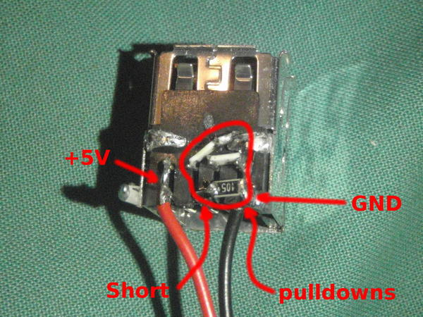 pulldown resistors on the USB connector